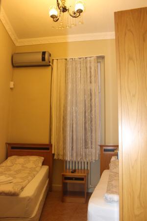 Yeni Hostel : CONFORT TWİN ROOM