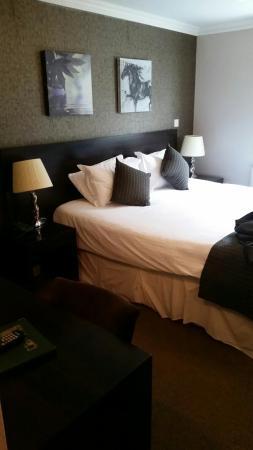 Greenvale Hotel: IMG-20160408-WA0003_large.jpg