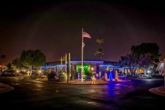 Far Horizons Tucson Village RV Resort