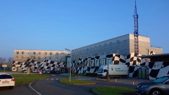 Hotel Motorsport Arena: Das Hotel