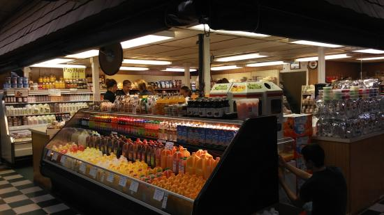 Springfield - Delaware County, PA: This is a great place to pick up spices and fresh juices.