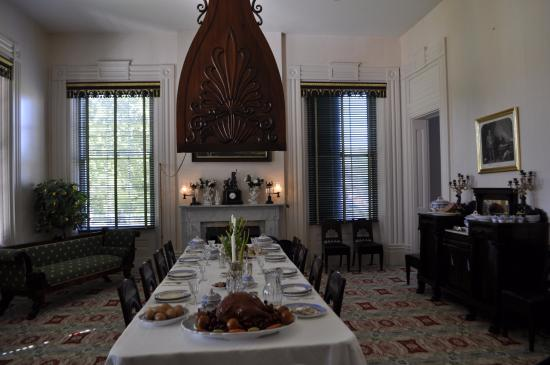 Natchez, MS: dining room