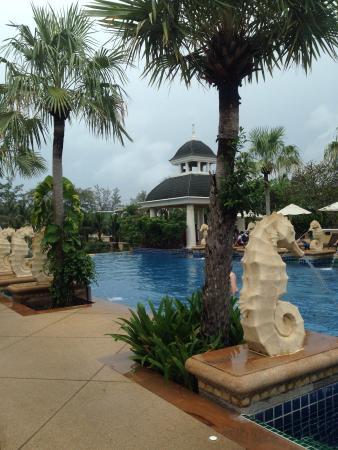 Grace Resort: Piscina