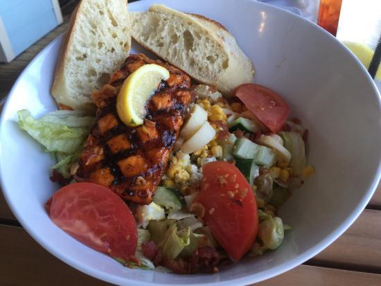Weirsdale, FL: Eaton's Beach Sandbar & Grill