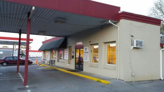 Harriman, TN: Roane Street Grill