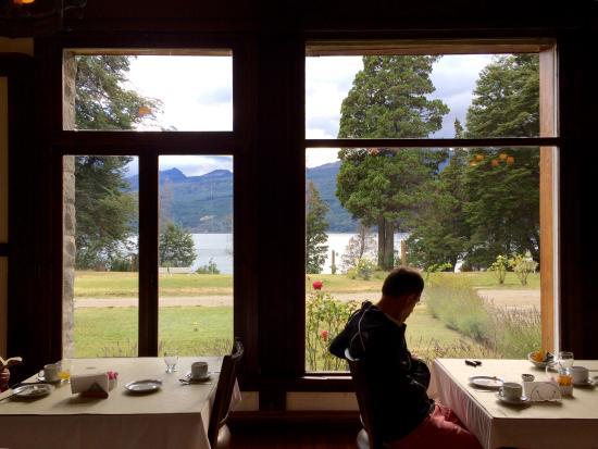 Hosteria Futalaufquen: Vista desde el desayunador