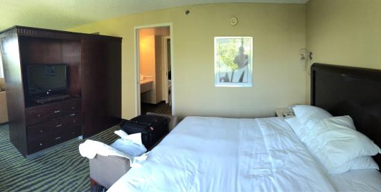 DoubleTree Club by Hilton Orange County Airport: photo2.jpg