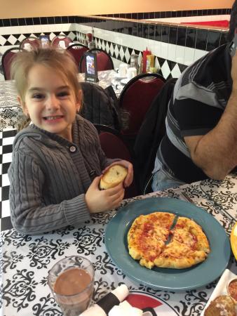Dunnville, Canadá: At Nonna Julia's Bistro