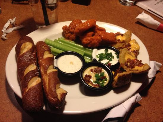 TGI Fridays : Three Item Appetizers