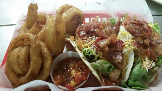 Atoka, TN: chicken club tacos..... Yum!!