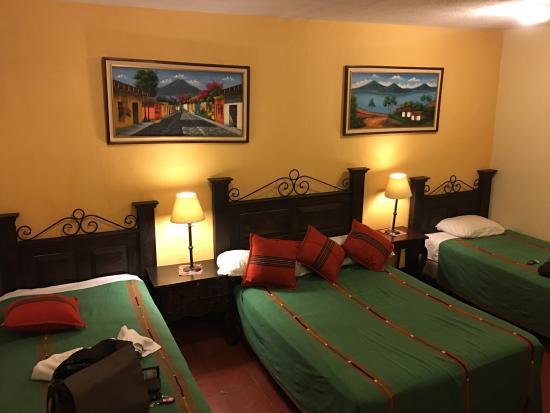 Hotel Posada Dona Luisa: Muy limpio todo, económico, céntrico y personal muy amable, ideal para pasar varios días por su