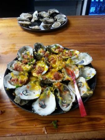 Hunt S Seafood Restaurant Oyster Bar These Oysters Style