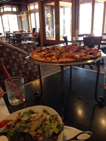 Fireside Pizza Company: photo0.jpg