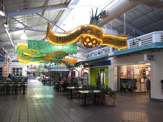 Lahaina Cannery Mall Free Hula Shows