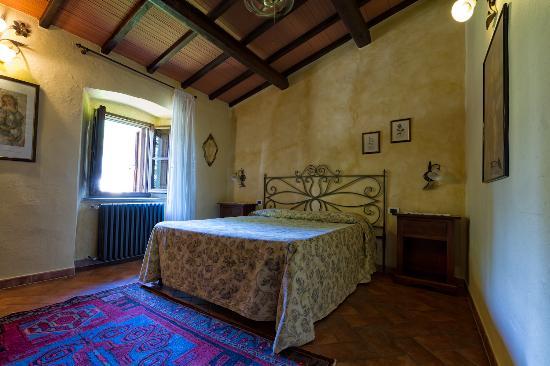 Montespertoli, Itália: Apt. CIliegio: Double bedroom