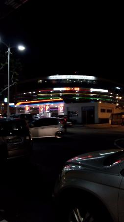Hotel Traveller: Petron station nearby the hotel