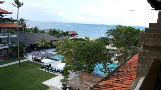 Peninsula Beach Resort Tanjung Benoa: IMG-20160402-WA0001_large.jpg