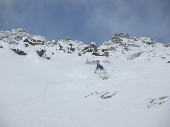 La Grave, Prancis: one of the fun couloirs with Didi