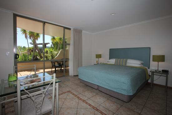 Whangamata, Nowa Zelandia: Fabulous new bedding for our guests to enjoy