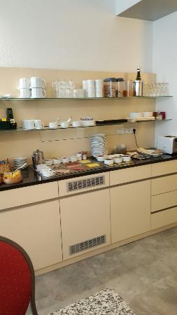 Hotel Garni Casa Chiara : 20160330_091516_large.jpg
