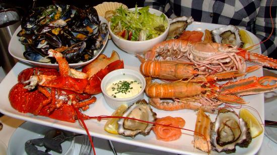 Port Appin, UK: Grand seafood platter!