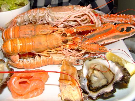 Port Appin, UK: Langoustines, oysters and hot- & cold-smoked salmon, what could possibly go wrong!