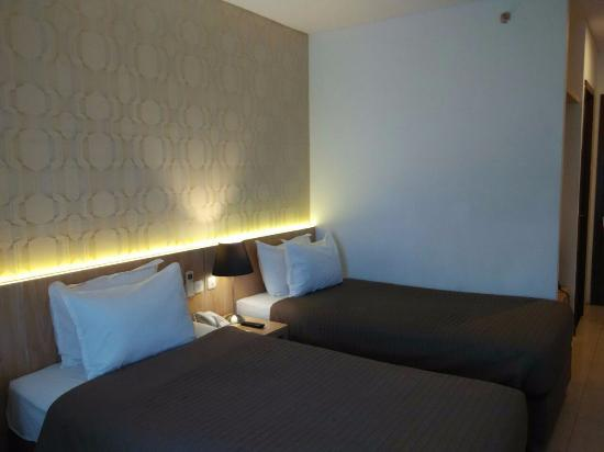bagian headboard ranjang picture of grand hap hotel solo rh tripadvisor co nz