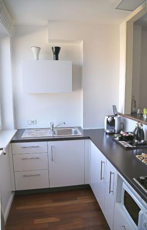 Hotel OTTO: Kitchenette in the studio - everything you need is there!