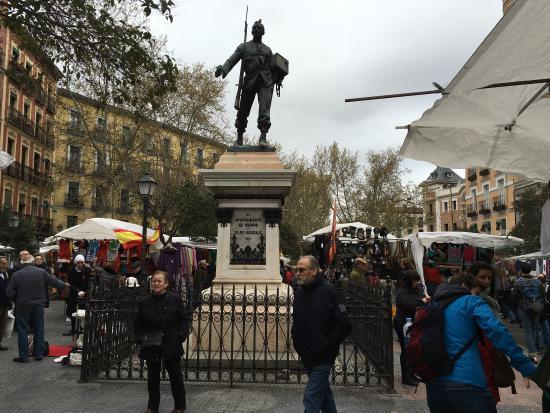 Cascorro picture of plaza de cascorro madrid madrid - Cascorro madrid rastro ...