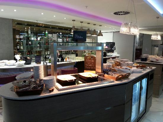 Aspire Airport Lounge - London Luton