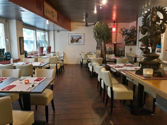 Mantra Indian Restaurant : welcome to our cozy restaurant