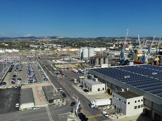 Los enamorados picture of civitavecchia port - Getting from civitavecchia port to rome ...