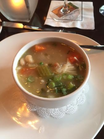 333 Belrose Bar and Grill: White bean and ham soup