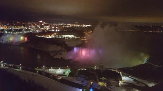 night view of niagara falls picture of embassy suites by hilton rh tripadvisor co za