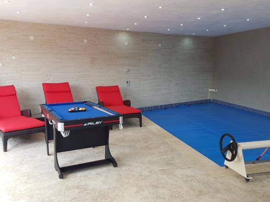 Ringway Villa: Indoor pool
