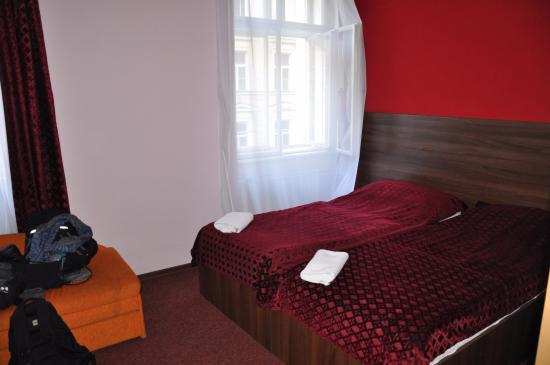 Hotel Colloseum : Стандартный номер с одной кроватью