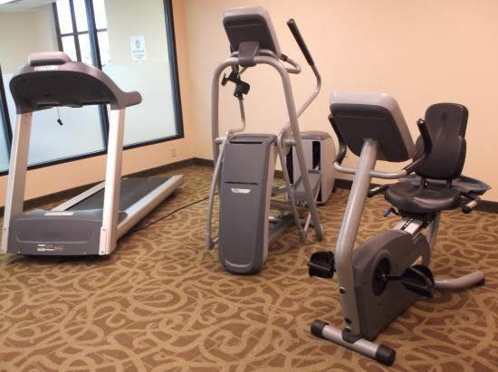 Comfort Inn & Suites: gym