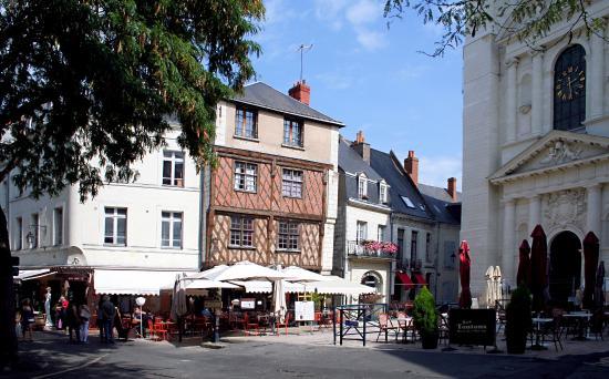 Eglise Saint-Pierre de Saumur