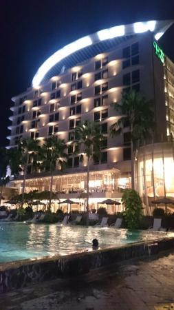 Hotel Santika Premiere Kota Harapan Indah Photo