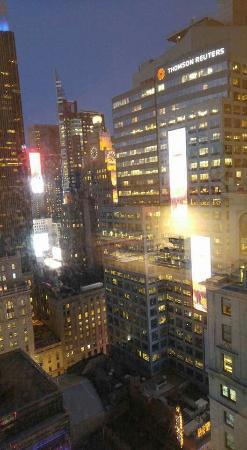 Hilton Times Square: FB_IMG_1460300572103_large.jpg