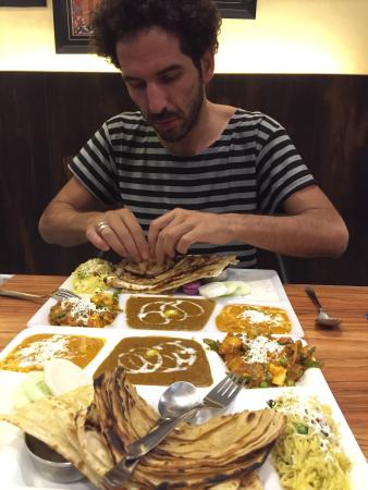Cafe Festa just discover tonight tried their veg Thali wow what a treat for a tourist at Paharga