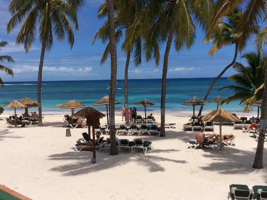 Pinele Beach Club Antigua All Inclusive A Typical Day On The At Long