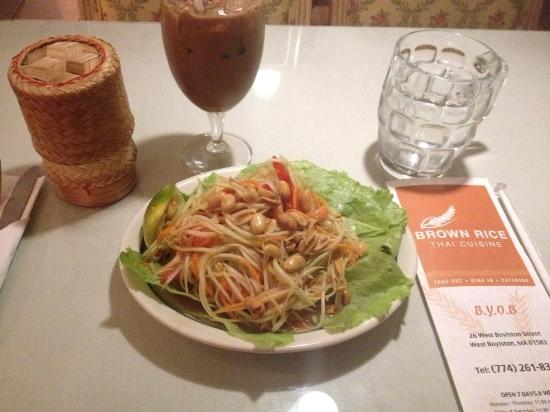 West Boylston, MA: Papaya Salad with thai iced tea and side of steamed rice