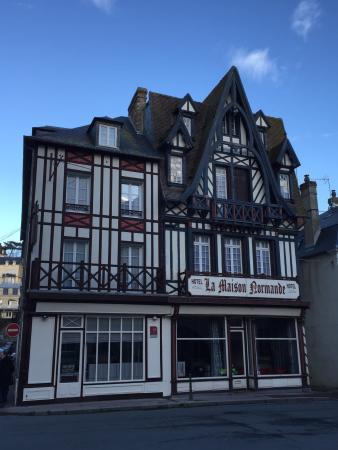 La Maison Normande: La jolie Maison Normande