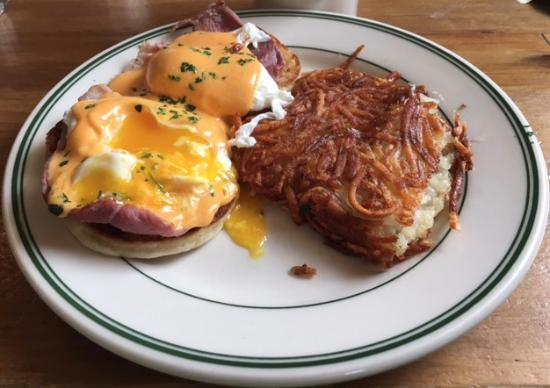 Ward 6 Food & Drink: Eggs Benedict with Harissa (chile) Sauce and Hash Browns