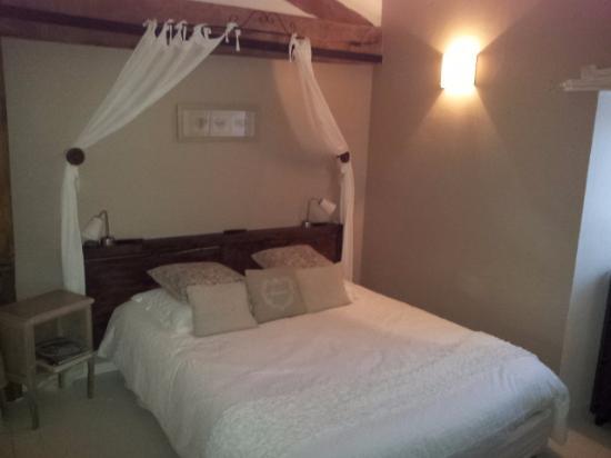 Chambre avec salle d\'eau privative récente. - Picture of Le Clos ...