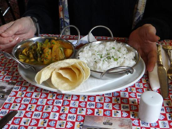 Delabole, UK: Butternut squash curry- and yards of rice