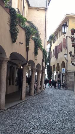 Via San Martino E Solferino Foto Di Quartiere Dell Antico Ghetto