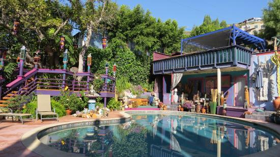 Hollywood Bed & Breakfast: Great pool area.