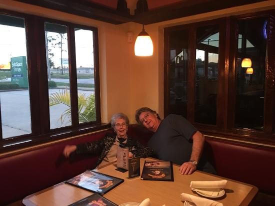 Mama Juanita's Mexican Restaurant: Pics friends m our last visit.